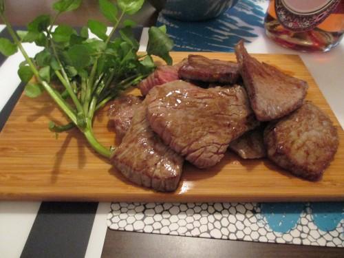 IKEA 木のまな板 肉